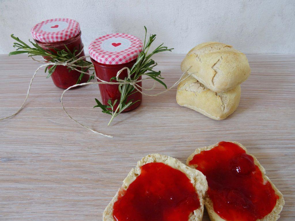 Erdbeermarmelade mit Rosmarin