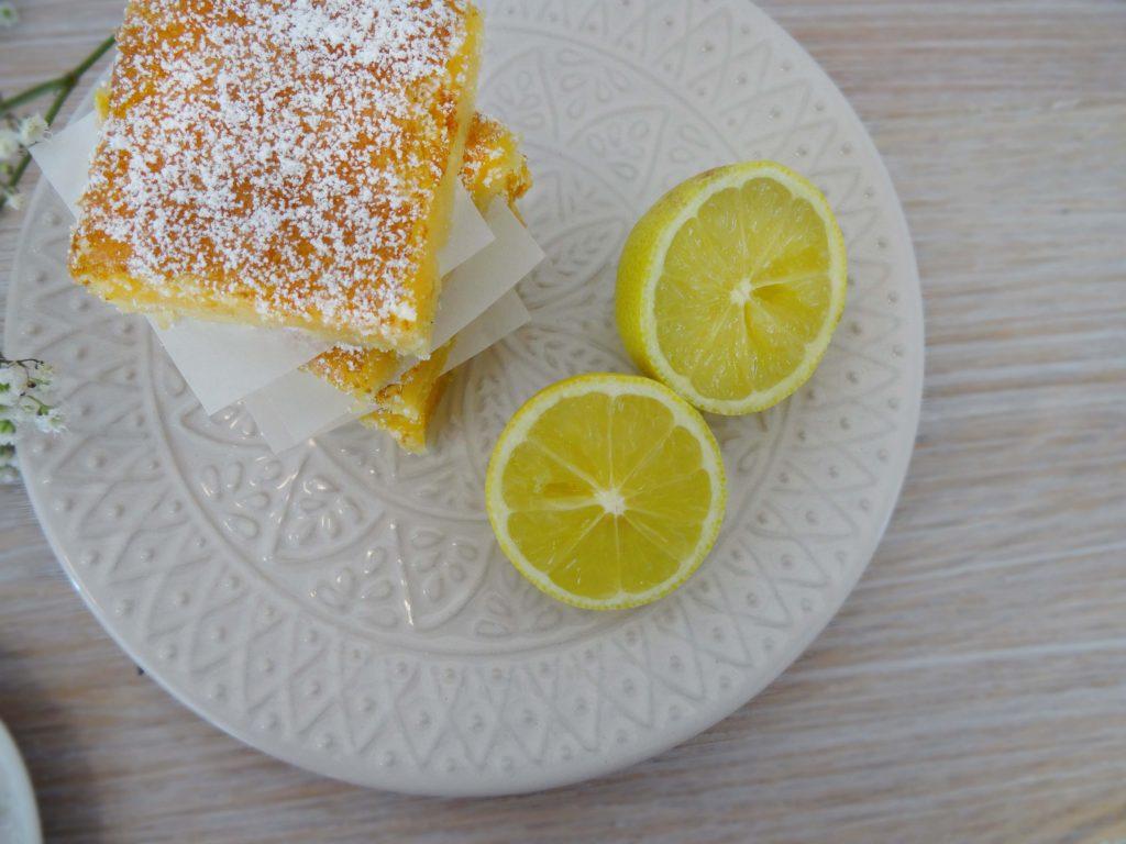 Sommerliche Lemon Bars